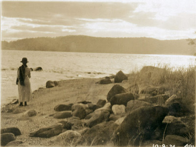 Looking out at Croton Point Park, 8 October 1924 (PPC-491)