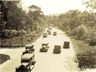 Traffic on the Bronx River Parkway, 10 June 1928 (PPC-5581)