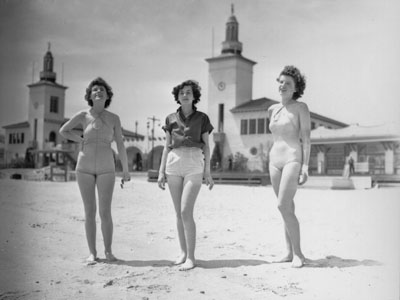 Young women at the beach at Playland, c.1935 (PPL-3003E)